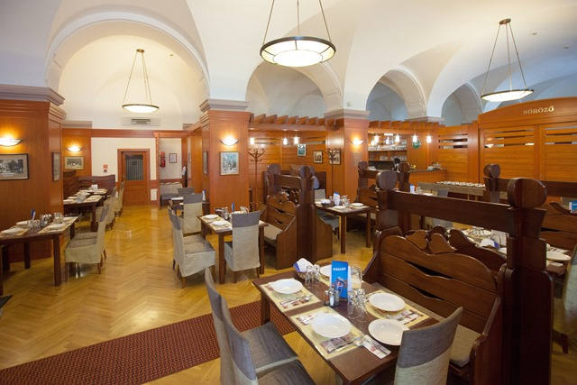 Arany Bárány Hotel