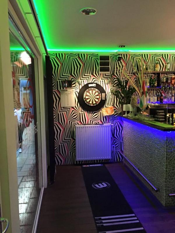 Pelé Caffe and Bar