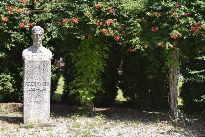 Petőfi Landorhegyen