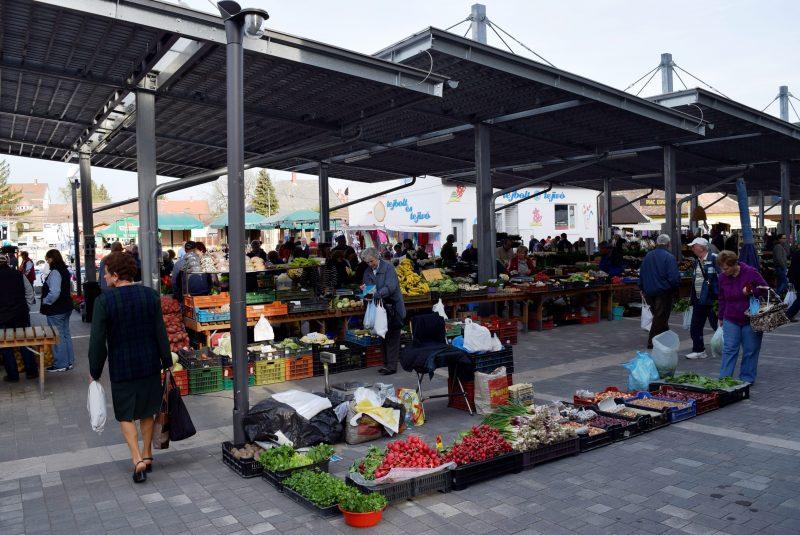 Ébresztő a piacon! - Reggeli séta a belvárosban és a Vásárcsarnokban