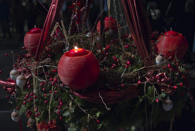 Mindenki Karácsonya a csácsbozsoki Betlehemnél, Szent István szobránál